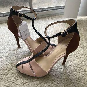 Zara T-strap sandals, nude size 36/6